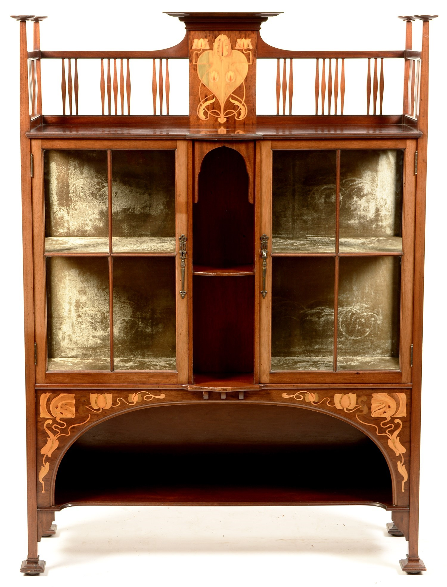 Shapland and Petter, Barnstaple: An early 20th Century inlaid mahogany display cabinet,