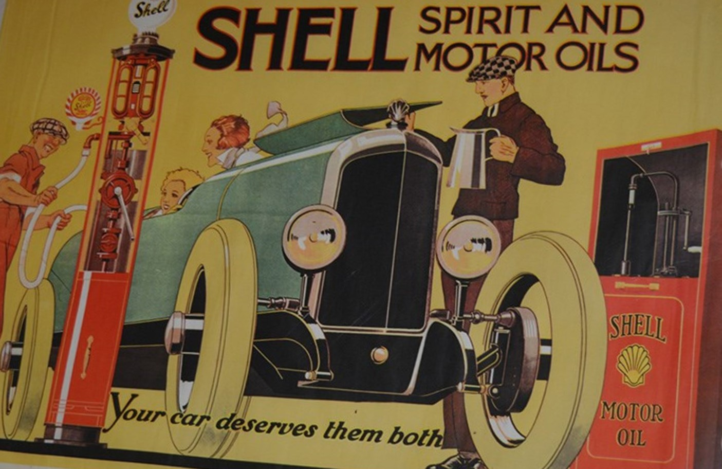 Automobile Shell Poster