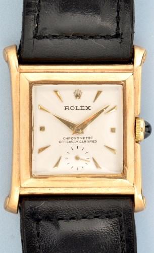Lot 824-Rolex Chronometre: a gentleman's 9ct. gold...