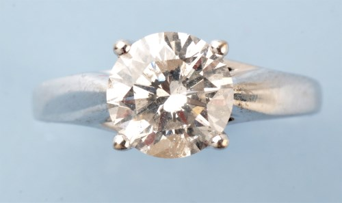 Lot 920-A single stone solitaire diamond ring, the...