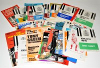 Lot 92 - Newcastle United football programmes (H) and...