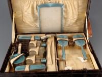 Lot 937-A George V crocodile skin lady's dressing case,...