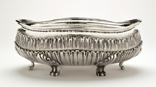 Lot 701-A large Italian 925 standard bowl, by...