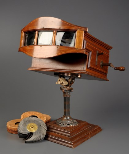 Lot 1007-An early 20th Century Kinora reel viewer, the...