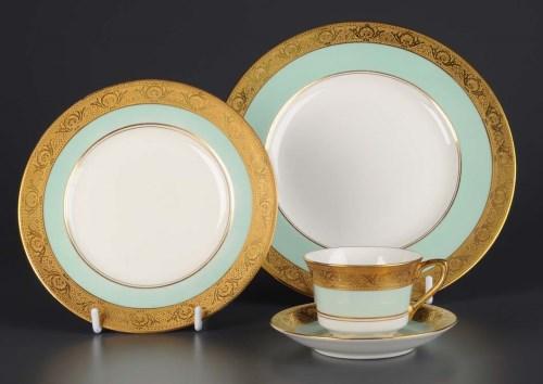 Lot 421-Royal Worcester: a dinner service, pattern...