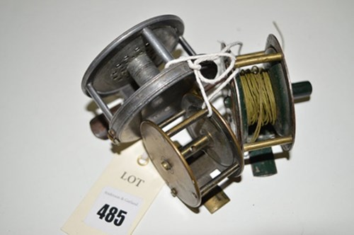 Lot 485-A Hardy 2 7/8in. diameter alloy trout fly fishing ...