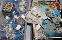 Lot 1141 - A large quantity of Star Wars figurines, to...