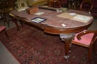 Lot 684-A Victorian circular mahogany telescopic...