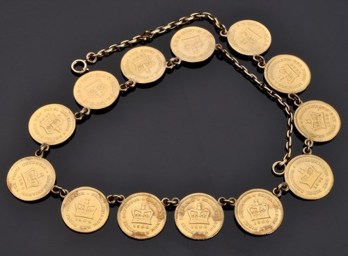 Lot 903-A George III third-guinea necklace, solder...