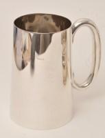 Lot 430 - A George VI silver tankard, by Walker & Hall,...