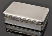 Lot 468 - A George V silver snuff box, by George Unite &...