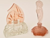 Lot 475 - An Art Deco scent bottle, circular with...