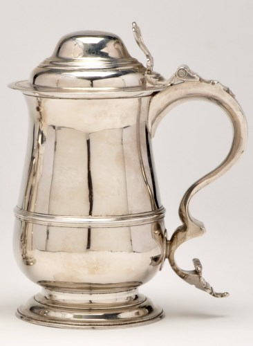 Lot 498-A George III silver covered tankard, by Thomas...