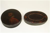 Lot 638 - Two snuff boxes