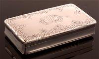Lot 640 - French silver snuff box