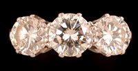 741 - Three stone diamond ring