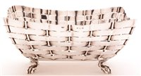 Lot 583 - Edwardian silver basket