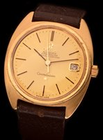 662 - A gentleman's 18k gold wristwatch.