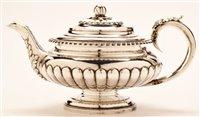 Lot 577 - George IV silver teapot