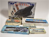Lot 1513-Ship model constructor kits