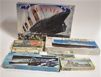 Lot 1513 - Ship model constructor kits