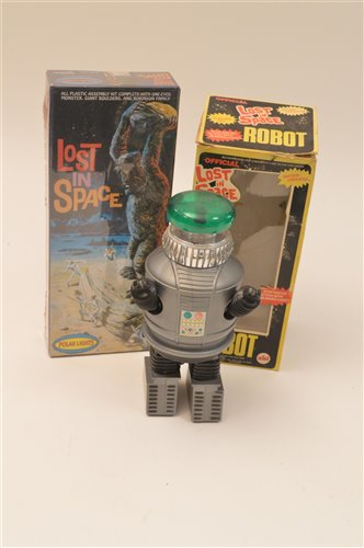 Lot 1001-Lost in Space Robot and Assembly Kit