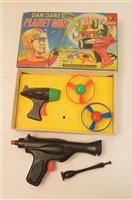 Lot 1534 - Dan Dare guns