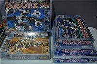 Lot 1554 - Robotix sets and Spacenik part set