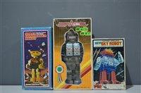 Lot 1011-Three Robots