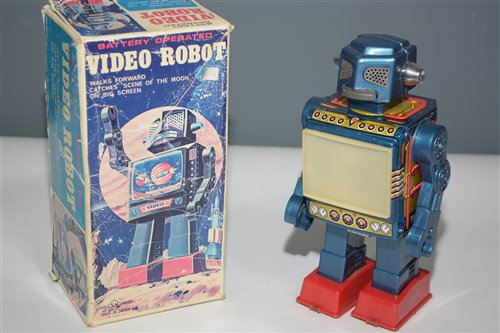 Lot 1017-SH Horikawa Video Robot
