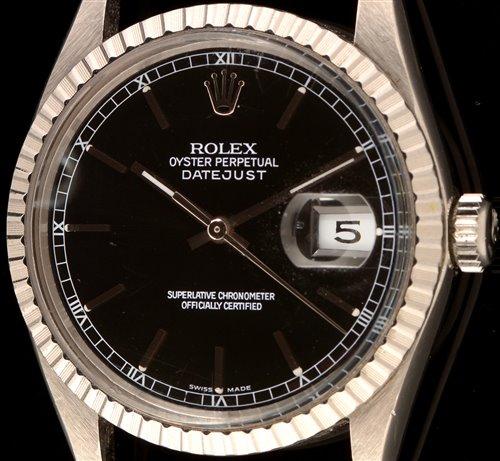 Lot 462-Rolex: Datejust watch.
