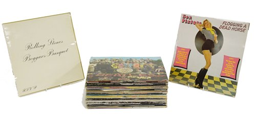 Lot 389 - Approx thirty mixed records.
