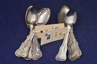 Lot 710 - Victorian silver teaspoons