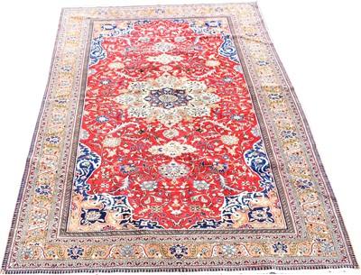 Lot 677 - Kaysari carpet