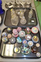 Lot 875 - Glassware including paperweights