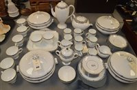 Lot 949 - Wedgwood tea and dinner ware