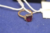 Lot 716 - Garnet and diamond ring