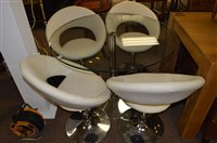 Lot 1081 - Glass table and four leather stools