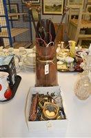 Lot 855 - Copper and brassware