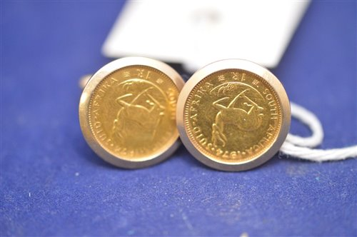 Lot 314-Pair of 9ct gold cufflinks