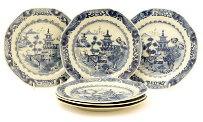 Lot 13-A set of six late 18th/early 19th Century Chinese Export blue and white dessert plates.