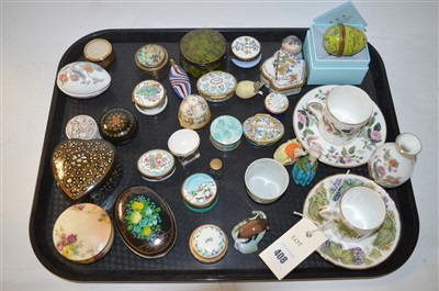 Lot 408 - Pill boxes and other ceramics