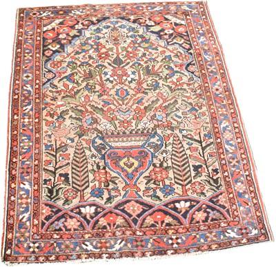 Lot 703 - Bakhtiari rug