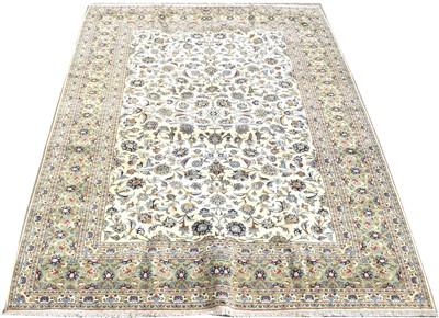Lot 711 - Kashan carpet