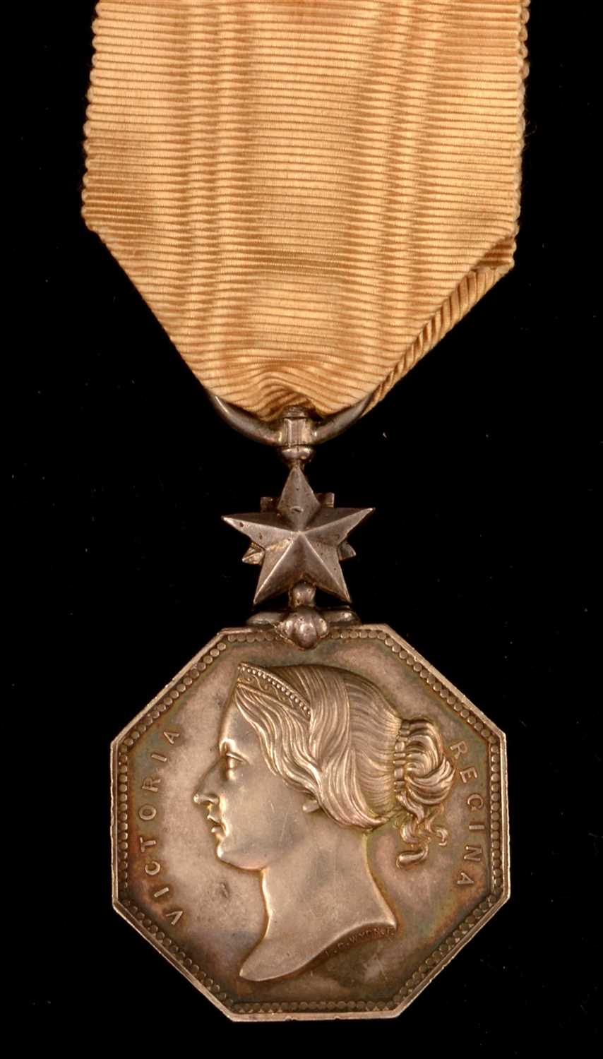 Lot 1845-Arctic Discoveries medal
