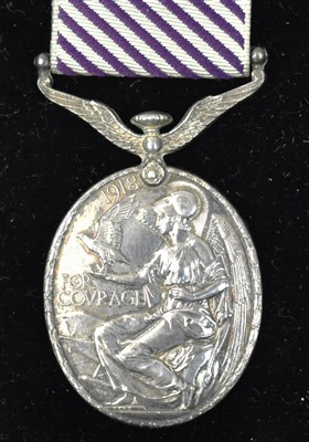 Lot 1550-Distinguished Flying Medal
