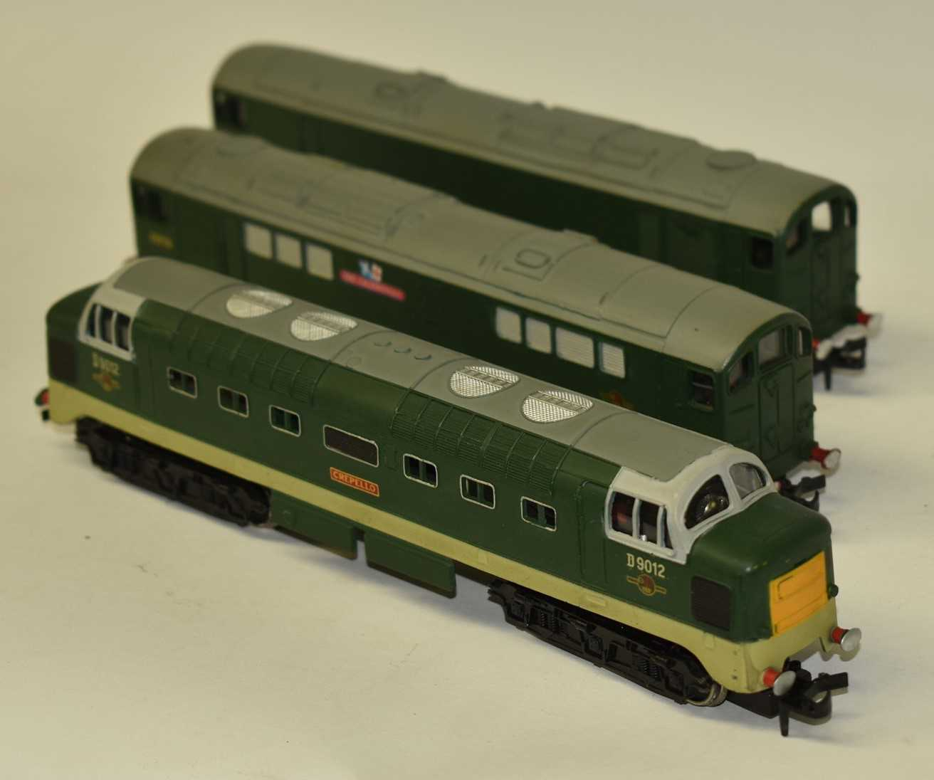 Lot 172 - Three Hornby Dublo diesel electric locomotives