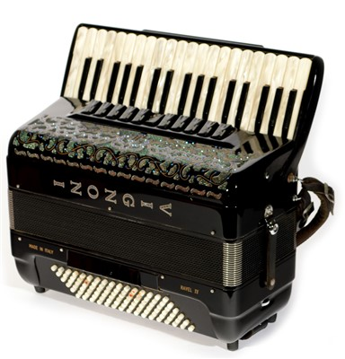 Lot 73 - Vignoni Ravel IV 96 Bass Piano Accordion Cased