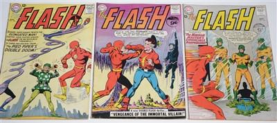 Lot 1499 - The Flash Comics