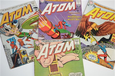 Lot 1512 - The Atom Comics